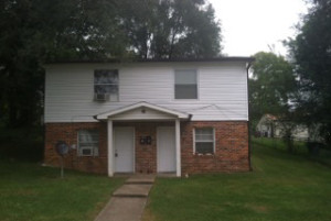 picture one a house in nashville bought for cash